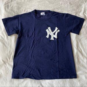 ⚾️ NWOT New York Yankees Derek Jeter #2 T-Shirt